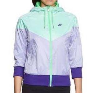 Nike Free Spin Windrunner 3/4 Sleeve Jacket